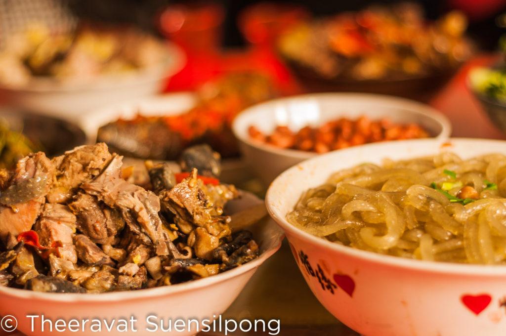 อาหารที่ทางหมู่บ้านทำมาเลี้ยง